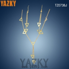 18K gold plated triangle stainless steel jewerly set in stock